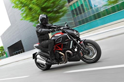 Преимущества дорожных мотоциклов
