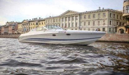Аренда катера в Санкт-Петербурге